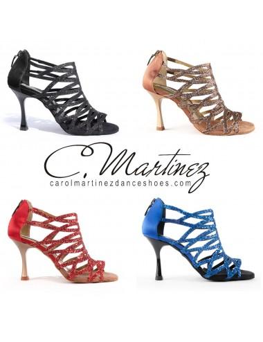 95651f4e Zapatos de baile latinos originales de forma botín para mujer. Sujeción del  pié óptima para este bonito y original zapato brillante disponible en  cuatro ...