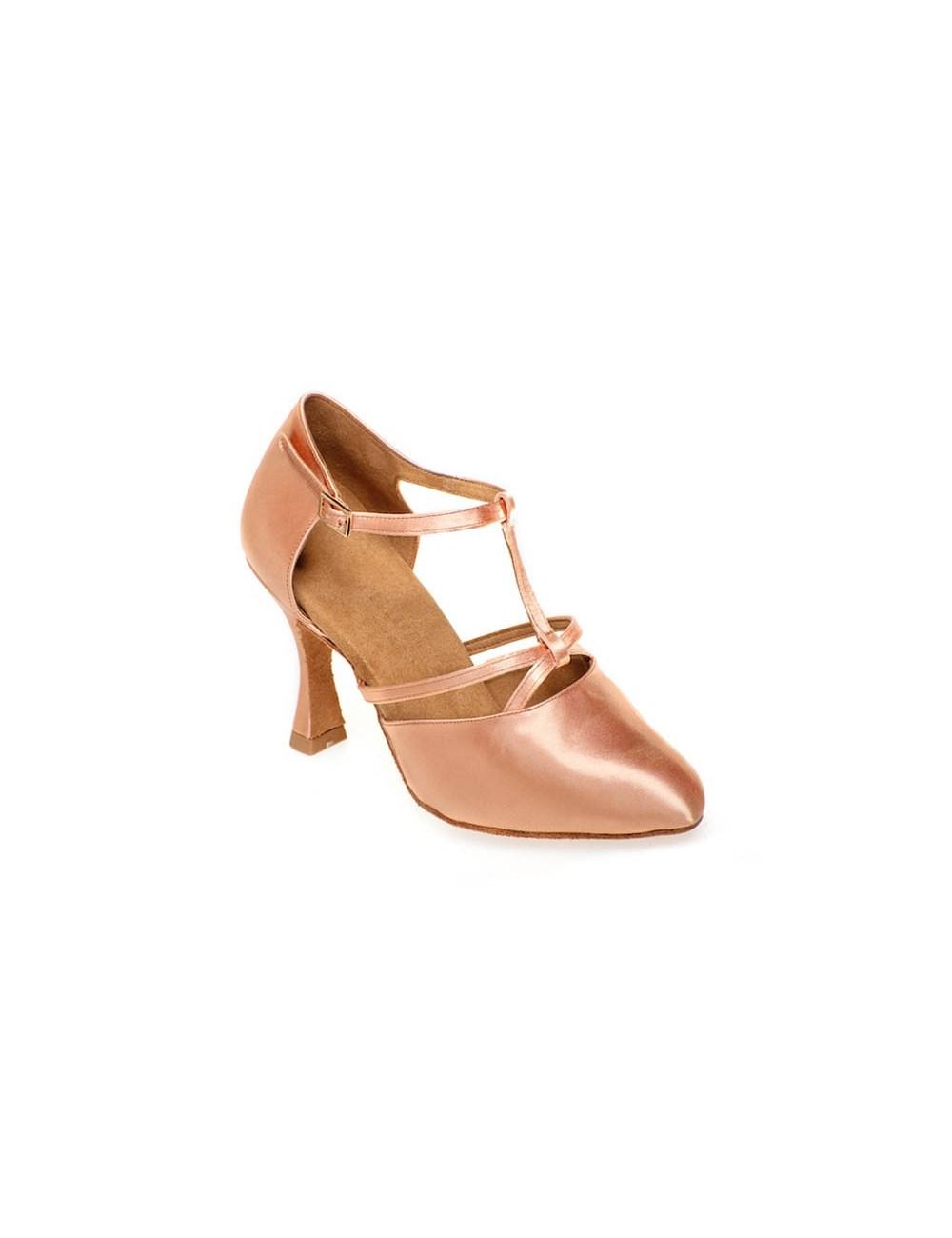 141a0398 Zapatos de salsa clásicos de punta cerrada en color natural similar al de  la piel. Fabricado artesanalmente ofreciendo un modelo totalmente  profesional con ...